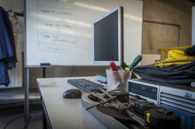 Es prioritzaran les persones formació professionalitzadora del sector industrial   (foto: Ajuntament de Rubí – César Font).