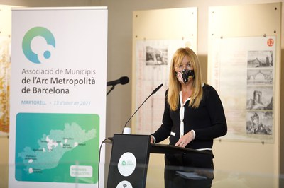 L'alcaldessa de Rubí, Ana María Martínez Martínez, durant la seva intervenció (foto: Ajuntament de Rubí / Grisphoto)