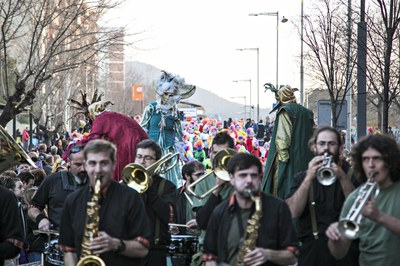 La rua de dissabte marca el moment més participatiu del Carnaval (foto: Ajuntament de Rubí – Lali Puig).