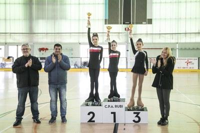 L'alcaldessa i el regidor d'Esports durant el lliurament de premis (foto: Ajuntament/Lali Puig).