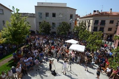 Centenars de rubinencs han expressat la seva condemna als atemptats (foto: Locapres).