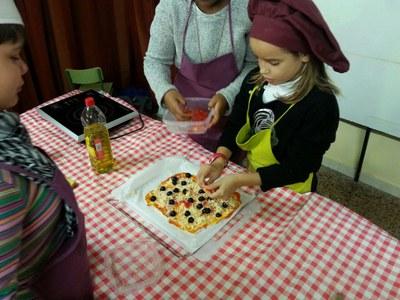 La pizza és una de les receptes de recapte més usuals.