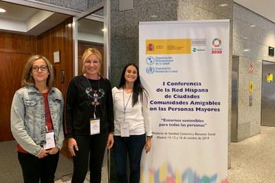 L'alcaldessa i les dues regidors assistents (foto: Ajuntament de Rubí).