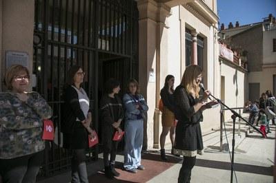 Lectura del manifest (foto: Ajuntament de Rubí – Lali Puig).