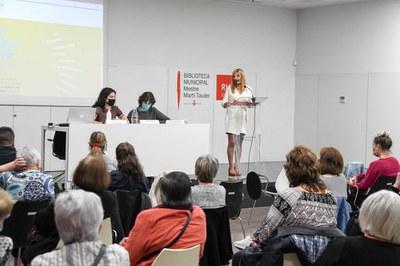 L'alcaldessa, durant la presentació de l'acte (foto: Ajuntament de Rubí – Localpres).