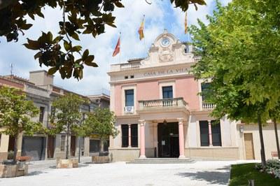 La casa consistorial en una imatge d'arxiu (foto: Ajuntament de Rubí – Localpres).