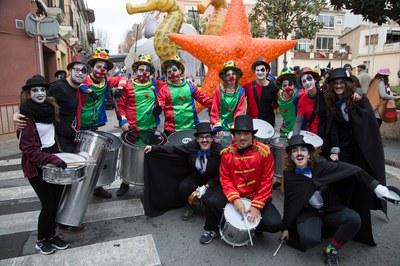 Comparses participants a les rues de Carnaval (foto: Localpres)