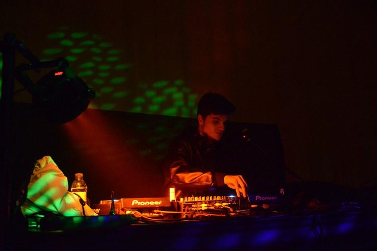 El punt musical de la nit de dissabte el van posar els DJ's que van actuar a Can Rosés (foto: Localpres)