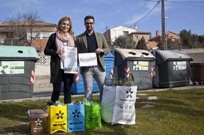 L'alcaldessa i el regidor de Medi Ambient durant la presentació (Localpres).