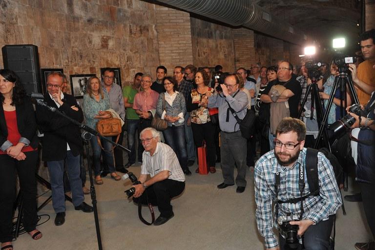 El fotògraf ha estat acompanyat de molts amics i companys (foto: Localpres)