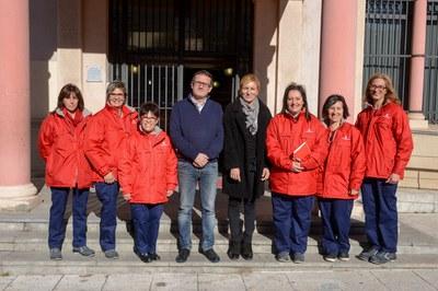 L'alcaldessa i el regidor de l'Àrea de Desenvolupament Econòmic Local han presentat les agents pel civisme davant dels mitjans de comunicació (foto: Localpres).