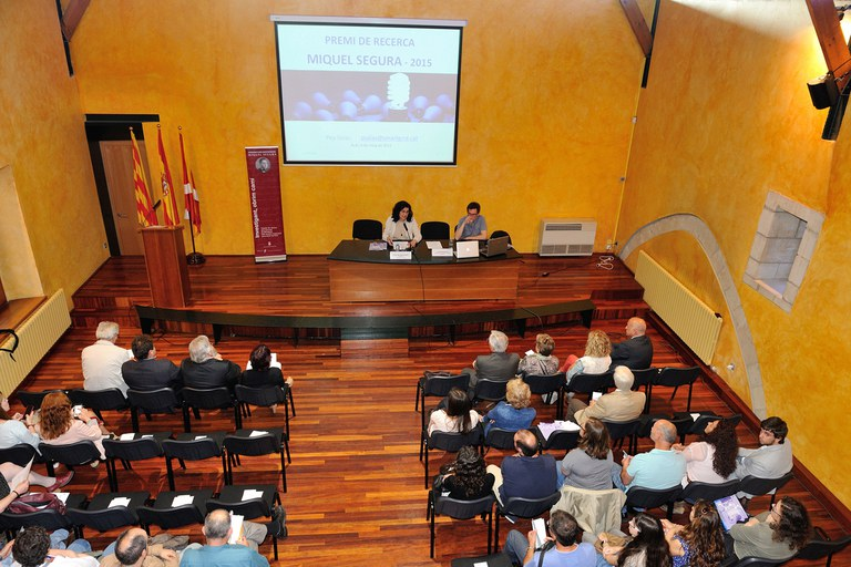 El lliurament del Premi de recerca Miquel Segura ha tingut lloc al Museu Municipal Castell (foto: Localpres)
