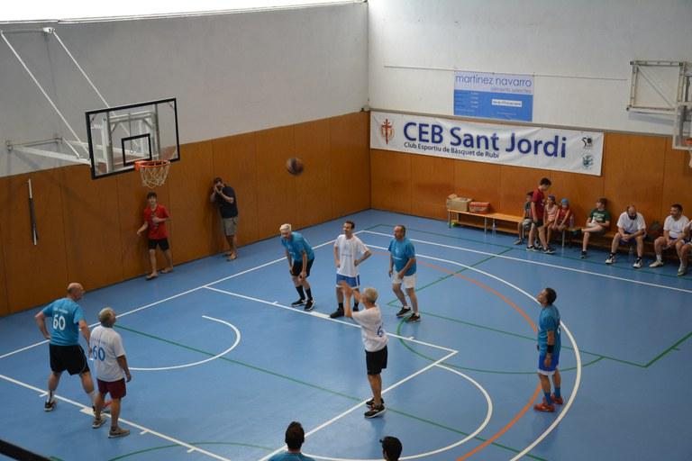 Partit de veterania i trobada de jugadors i jugadores d'altres temporades - CEB Sant Jordi