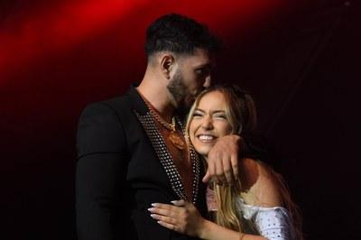 Omar Montes i Ana Mena (foto: Ajuntament de Rubí – Localpres).