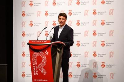 El periodista Bernat Soler ha repetit com a conductor de l'acte.