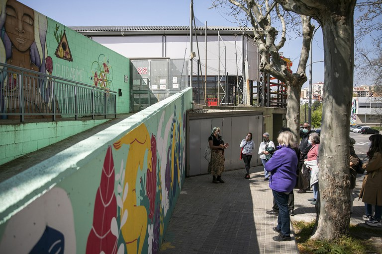 Street Art Walk with the Council for the Elderly (photo: Ayuntamiento de Rubí - Lali Puig)
