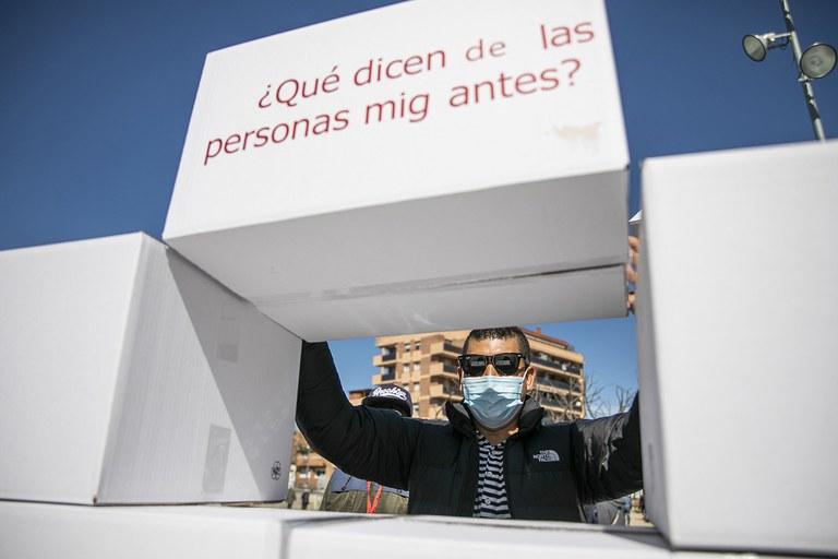 Breaking walls  (photo: Ajuntament de Rubí - Lali Puig)