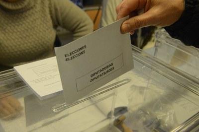 En estos comicios, los electores deberán escoger la nueva composición del Congreso de los Diputados y del Senado (foto: Ayuntamiento).
