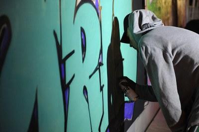 Los jóvenes podrán apuntarse a talleres de grafitis (foto: Localpres).