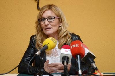 La alcaldesa, durante su comparecencia (foto: Localpres).