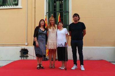 Ana María Martínez, con los representantes de tres de las cuatro entidades reconocidas.