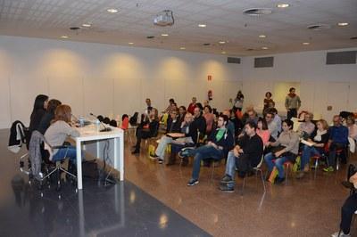 Las parejas lingüísticas han llenado el auditorio de la Biblioteca (foto: Localpres).