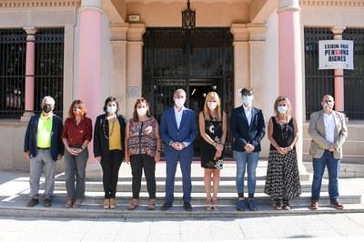 La visita del consejero ha comenzado en el edificio consistorial (foto: Ayuntamiento de Rubí - Localpres).