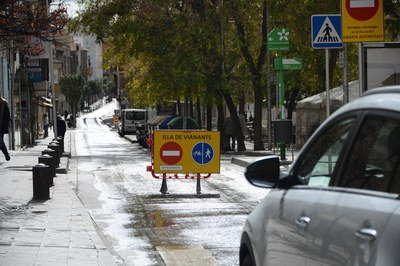 Este ha sido el primer fin de semana en que las calles Maximí Fornés, Pere Esmendia y Doctor Turró han estado cortadas a la circulación (foto: Localpres).