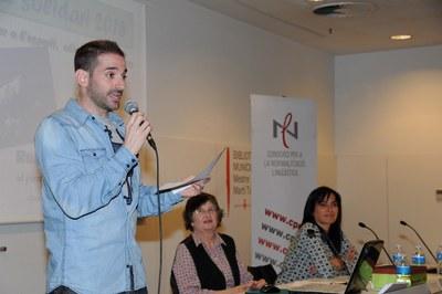 Rubén Yuste dictando el texto (foto: Localpres)