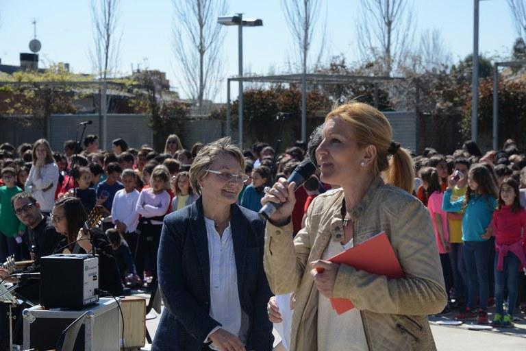 La alcaldesa ha dado la bienvenida (foto: Localpres)