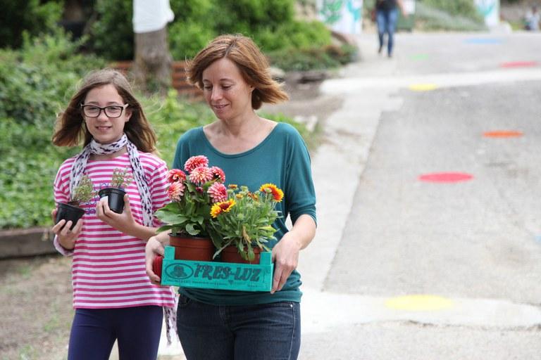 Durante la jornada, se han vendido muchas plantas (foto: Localpres)