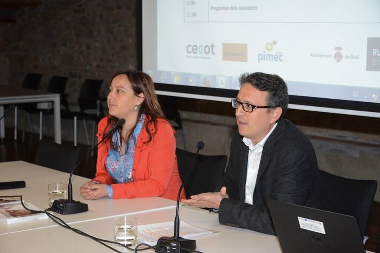 La responsable técnica de Rubí Brilla, Marta Morera, y el concejal del Área de Desarrollo Económico Local, Rafael Güeto (foto: Localpres)