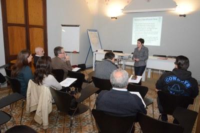 Momento de la primera sesión formativa / Foto: Localpres.
