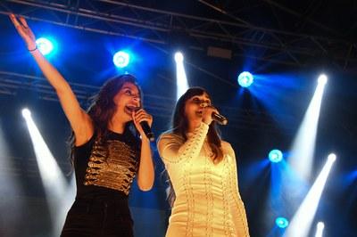 Ana Guerra y Aitana repetirán en Rubí tras su actuación del año pasado (foto: Ayuntamiento de Rubí - Localpres).