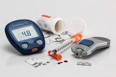 """El material punzante utilizado en tratamientos domiciliarios, como para controlar la diabetes, hay que llevarlo a la """"deixalleria"""" (foto: Ayuntamiento de Rubí)."""