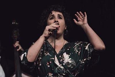 La cantante Celeste Alías (foto: Departamento de Cultura de la Generalitat de Catalunya).