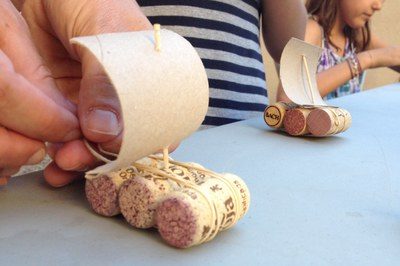 En el ECOtaller del 13 de julio, los asistentes aprenderán a hacer juguetes con materiales reciclados.