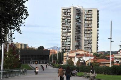 La estación de FGC está en el barrio de Las Torres (foto: Localpres).