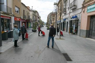 Las tiendas de alimentación no podrán abrir más allá de las 21 h (foto: Ayuntamiento de Rubi – Localpres).