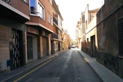 En la calle Cal Príncep se renovará la red de alcantarillado y se ampliarán las aceras.