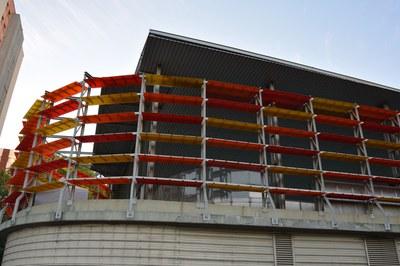 Los trabajos en la pista Francesc Calvo permitirán solucionar, entre otros, los problemas de filtraciones de agua que sufría el equipamiento.