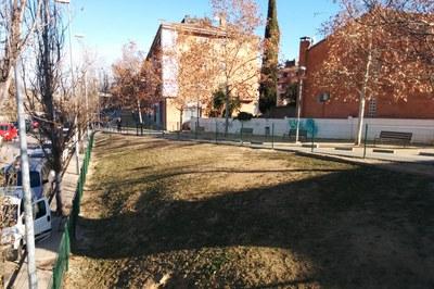 Esta nueva zona de recreo para perros, ubicada cerca del Escardívol, tiene una superficie de unos 600 m2.