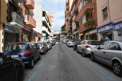 La actuación se llevará a cabo en toda l calle Cal Gerrer, tanto en el tramo entre Cervantes y Llobateras ─en la foto─ como en el comprendido entre Llobateras y Magí Ramentol.