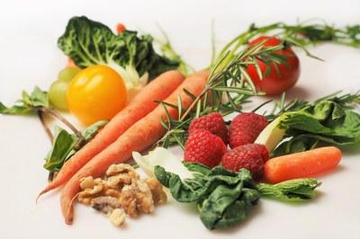 En los talleres se enseña a llevar una alimentación saludable.