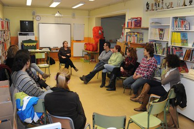 Sesión anterior de la formación de padres y madres (foto: Localpres).