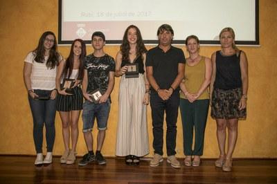 Alumnado reconocido del Colegio Maristes (foto: Localpres)