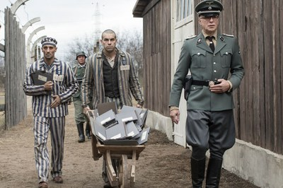 """Mario Casas protagoniza """"El fotógrafo de Mauthausen""""."""