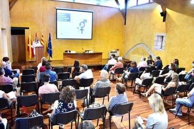 La alcaldesa en un momento de la presentación en el Castell (foto: Ayuntamiento de Rubí - Localpres).