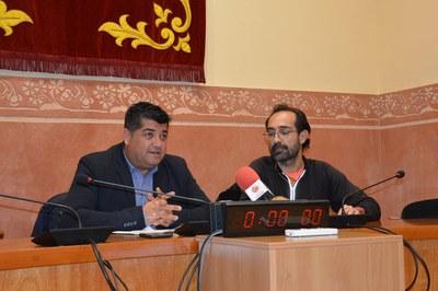 Juan López y Vicente Blasco, durante la presentación del Cros.