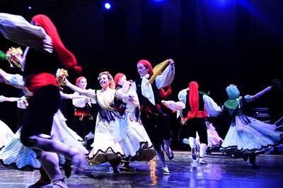 """Interpretación del """"Ball de Gitanes"""" en la última Fiesta Mayor (foto: Ayuntamiento de Rubí - Localpres)."""